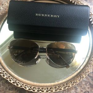 Unisex Burberry Aviators